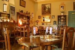 Jonathans Cafe Inside